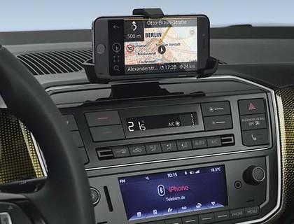 "Adapter für Handy Universal, Armaturenbrett, inkl. ""Maps + More ..."